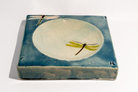 Udsmykningssten_30x30x5cm_blank himmelblå_vandspejl_guldsmede